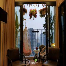 Mẫu trang trí ban công Hongkong Park số 3 Tôn Thất Thuyết